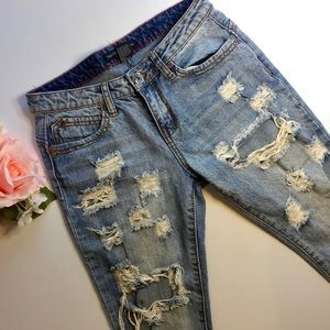 Extreme Distress Traffic Jeans